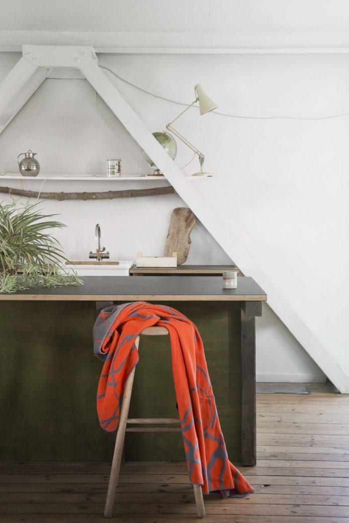 Mist organic cotton blanket orange / grey