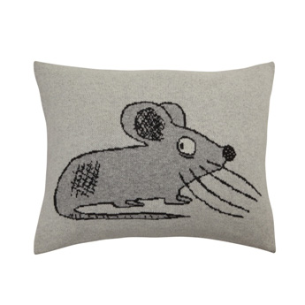 FabGoose-Big-Booty-mouse-woolen-cushion-grey-s