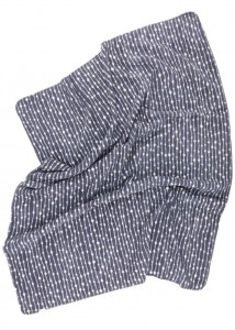 organic cotton blanket design Dew in elegant dark grey / offwhite color combination