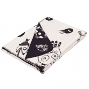 cotton blanket which balances humor, vibe and youth with a dark edge. Bold graphic characters for teens and young at harts