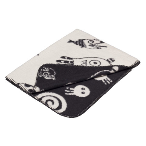cool baby blanket in black and white with funny characters from the sea