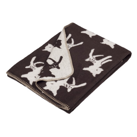 stylish super soft cotton blanket in reach dark brown color with sweet bambi designe