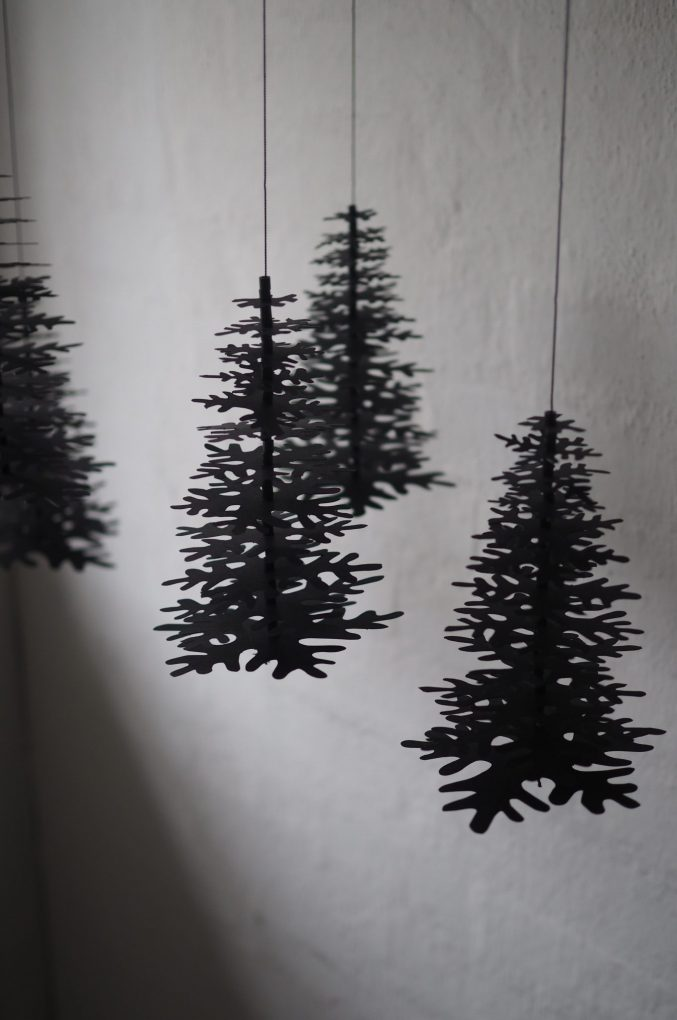 Nordic Fir Tree 3D Kit Black