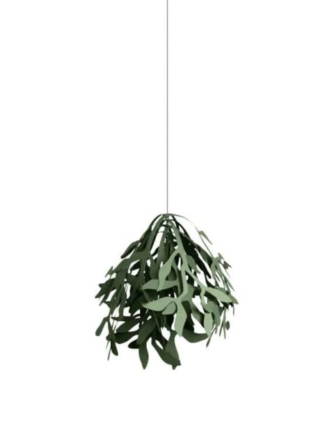 simple and elegant Christmas decoration - mistletoe paper ornament