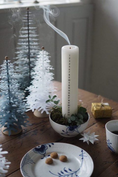 decoration with a calendar light  and paper Christmas tree