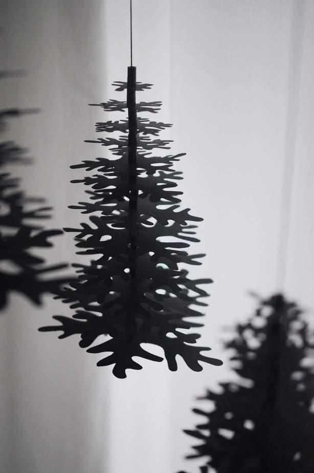 modern minimalist Christmas decor  black Christmas tree paper ornaments