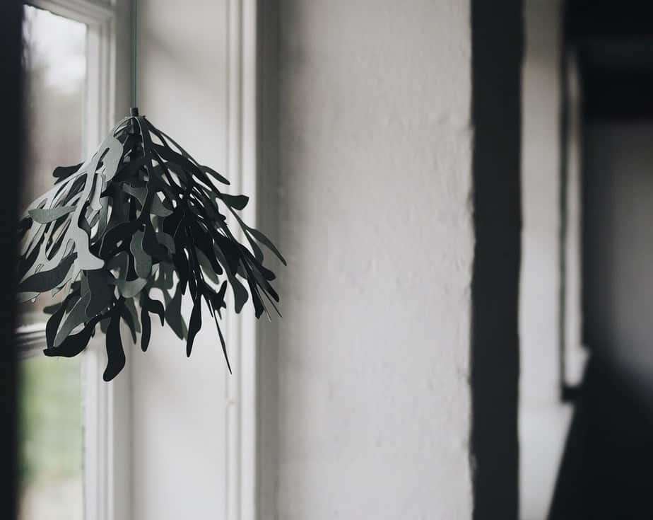 Start Your Holiday Decorating Early With This Elegant Mistletoe Christmas  Ornament Out Of Paper