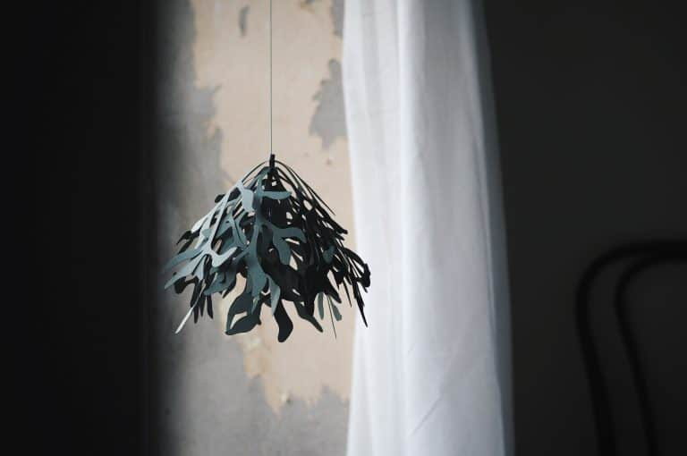 Mistletoe Paper Ornament Christmas Decoration To Make