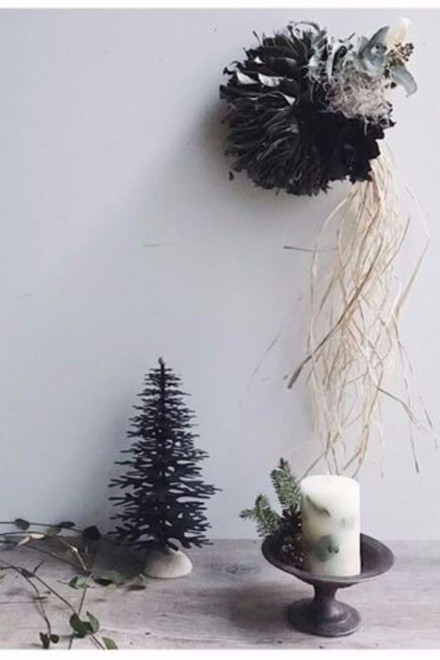Scandinavian Christmas tree paper ornament to make at home