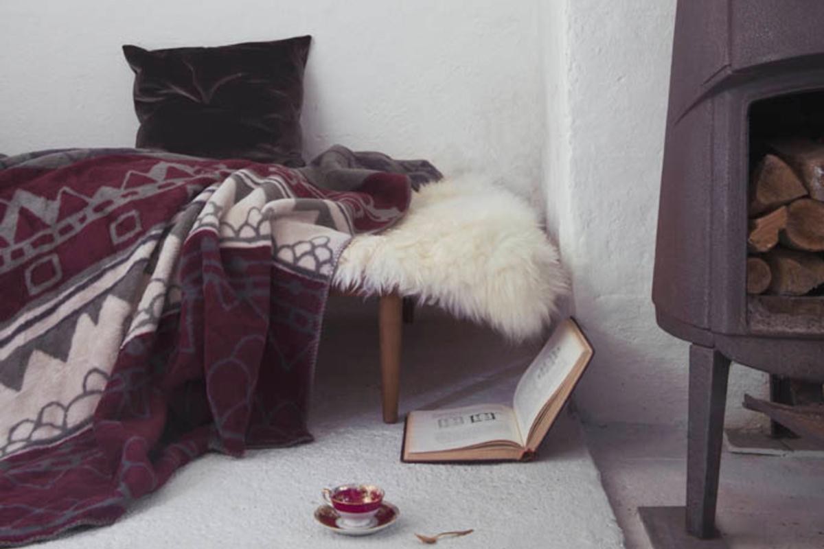 Scandinavian blanket